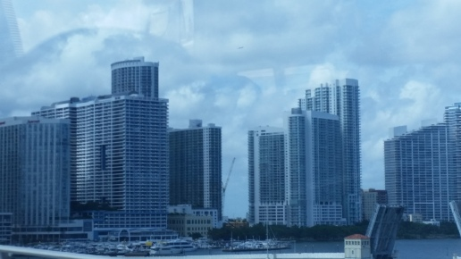 Miami tour bus
